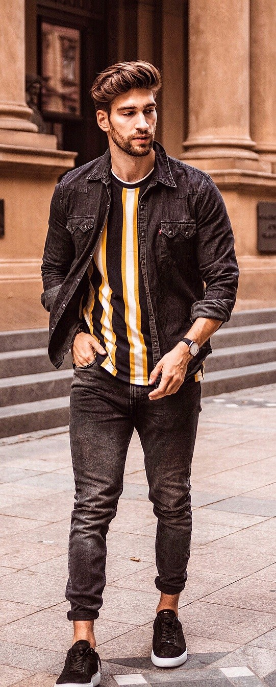 15 Cool Outfit Ideas For Men With Good Physique