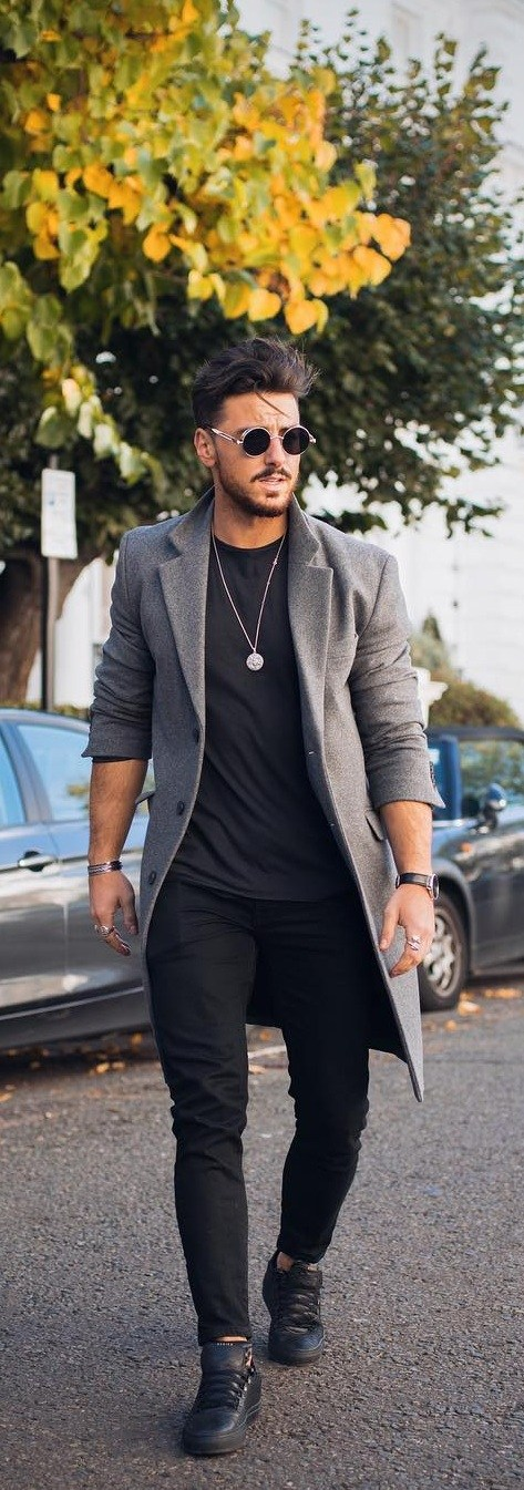 Cool Outfits For Men With Good Physique
