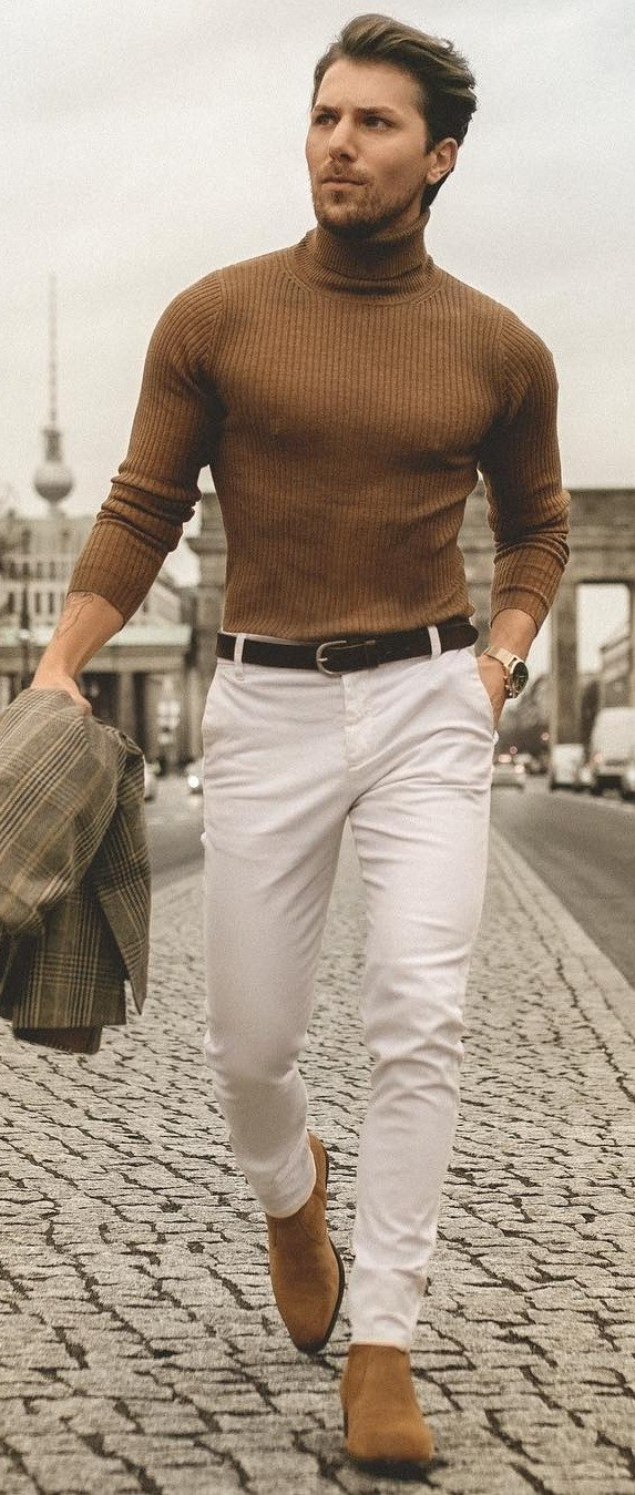 Outfit Ideas For Men With Good Physique To Steal Now
