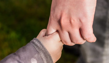 Why You Should Never Tell Your Kids To Say Thank You