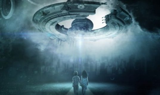 Ex-Pentagon Official Reveals New Info on UFOs and Aliens