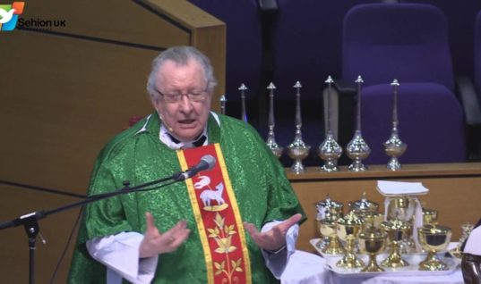 Irish exorcist priest calls in for back up amid dramatic increase in demonic activity (VIDEO)