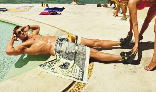Here's What You Should Spend Your Graduation Money on Now That You're (Mostly) an Adult