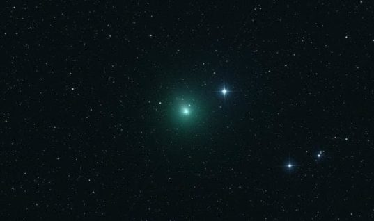 The 'Christmas Comet' Passes by for the Holidays