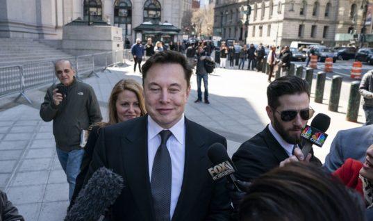 Tesla robotaxis 2020? Be skeptical of Elon Musk's latest prediction.