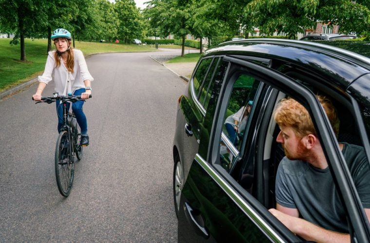 Uber urges passengers to use 'Dutch Reach' to avoid injuring cyclists