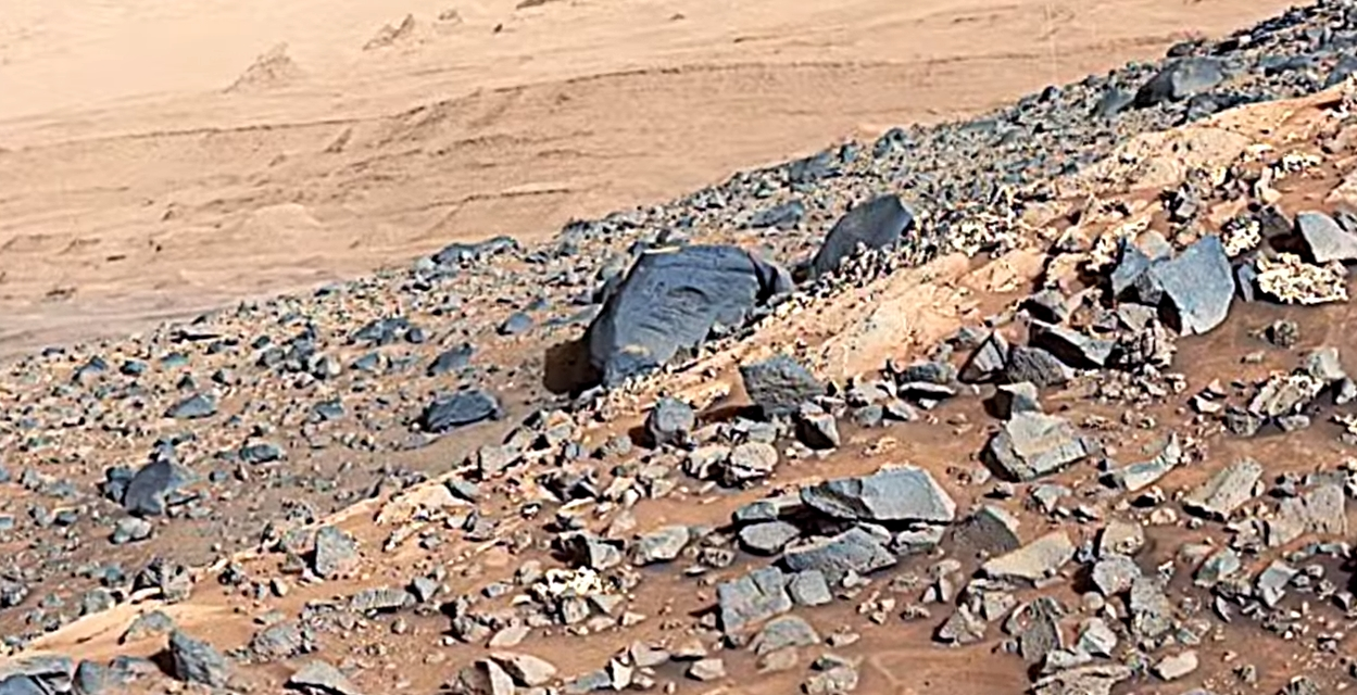 Egyptian hieroglyphs found on a Mars stone in a NASA photo? 41