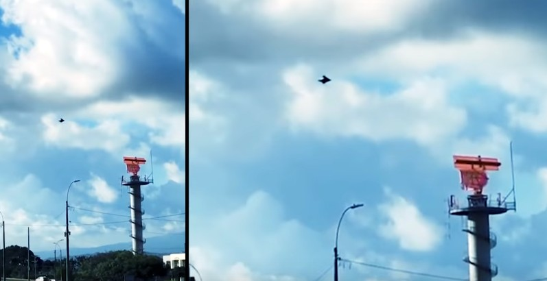 UFO flies over Juan Santamaría International Airport in Costa Rica 32