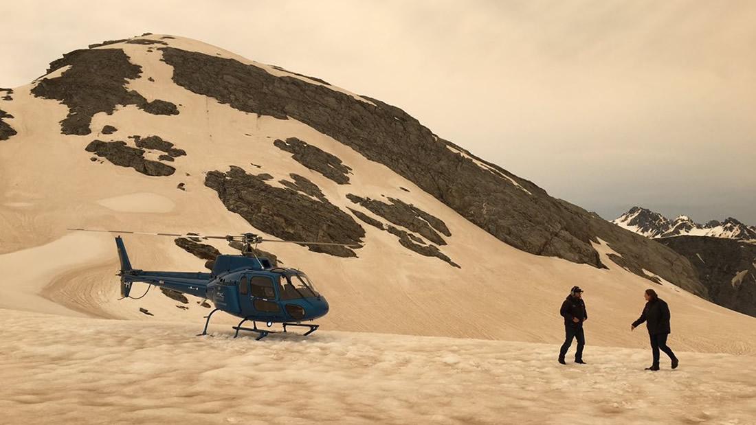 Fires in Australia have turned glaciers brown 2,000 kilometers away 93