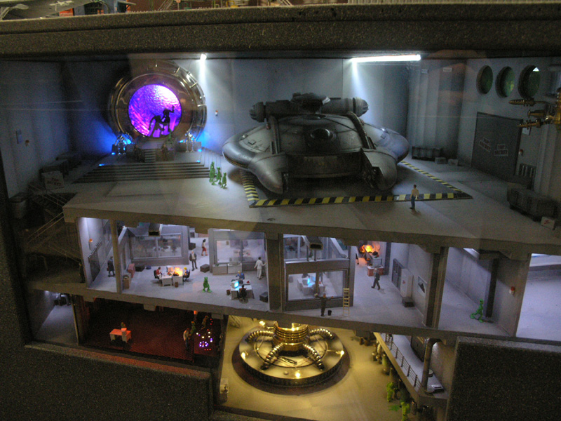 """Project """"Looking Glass"""", the plans of the Secret Government on time machines and Stargate devices 43"""