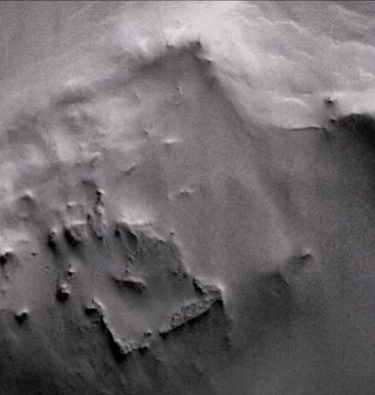 "NASA discovers an ""Archaeological Site"" on Mars thanks to photographs of the MGS probe 34"