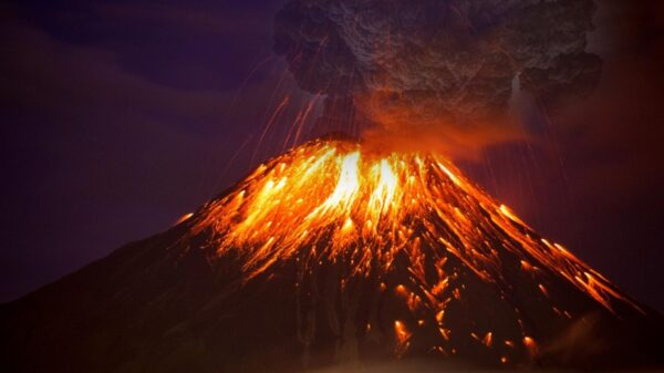 "Scientists warn of imminent ""Global Volcanic Eruptions"" capable of affecting the entire planet 12"