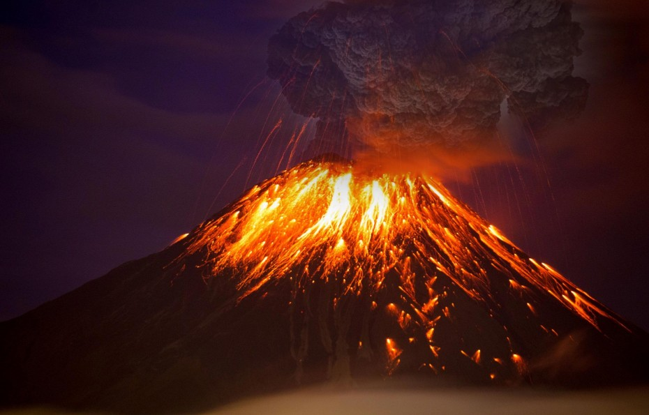 "Scientists warn of imminent ""Global Volcanic Eruptions"" capable of affecting the entire planet 31"