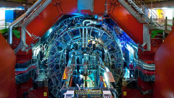 """CERN supports the creation of a new """"God machine"""" that will cost 21,000 million euros 47"""