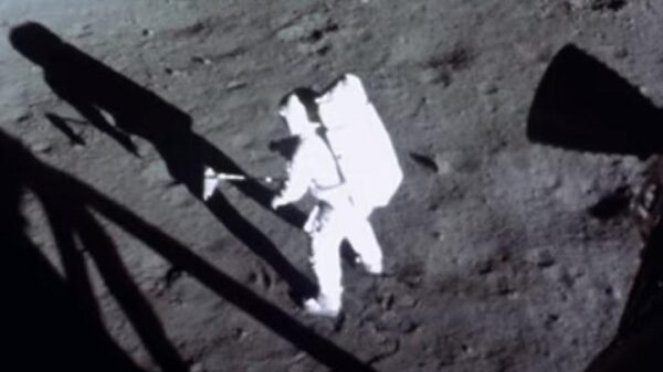 Historical filming of the moon landings are improved thanks to artificial intelligence 62