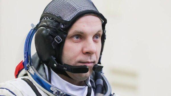 International Space Station: Cosmonaut Ivan Vagner records a UFO Fleet over the Antarctic 36
