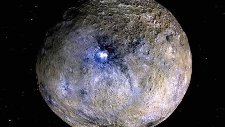"""The dwarf planet Ceres could be an """"ocean world"""" under the surface 35"""