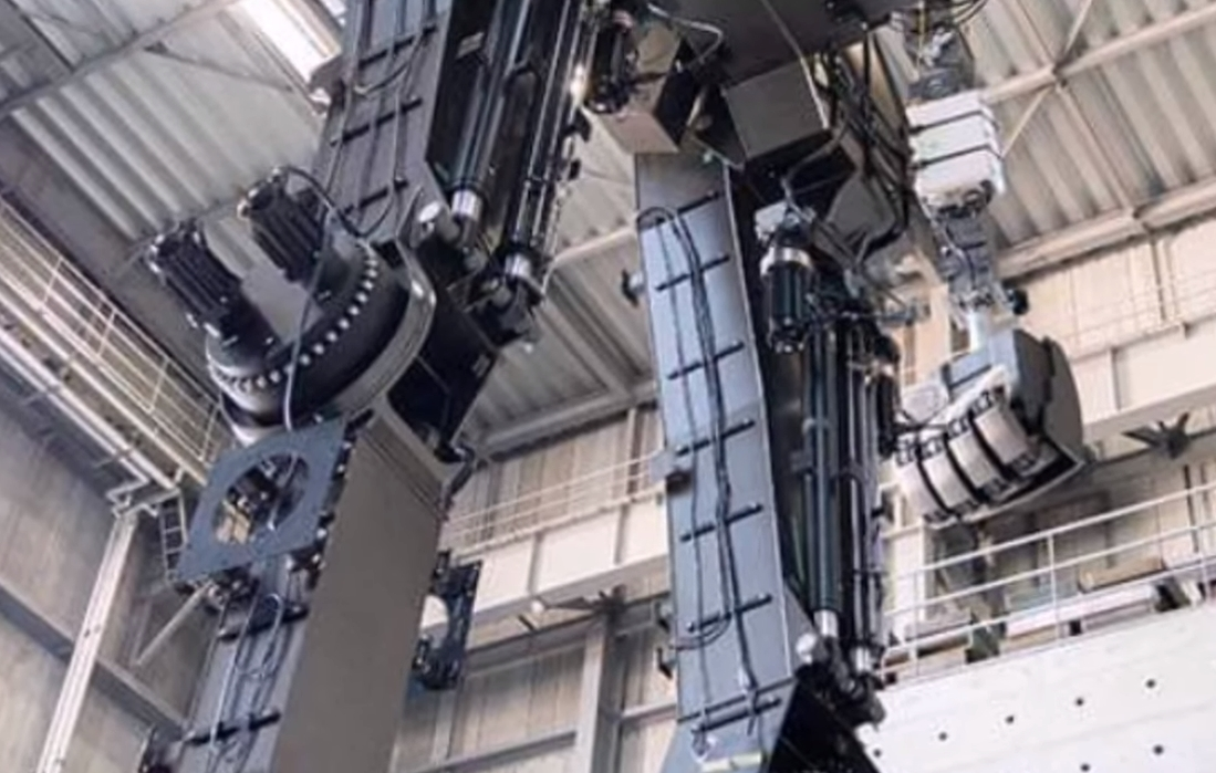 Watch Japan's Life-Sized, 60-foot Walking Gundam Robot Take Its Very First Steps 32