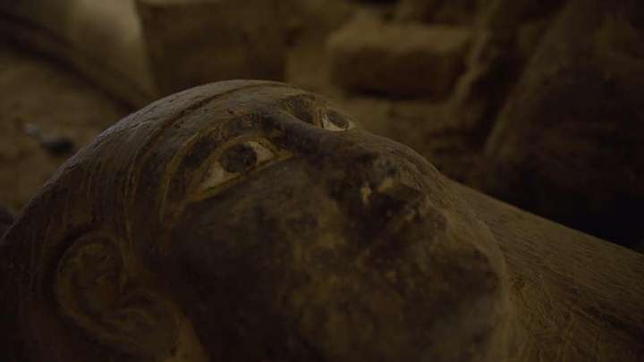 13 fully sealed 2,500-year-old coffins discovered in Egypt 41