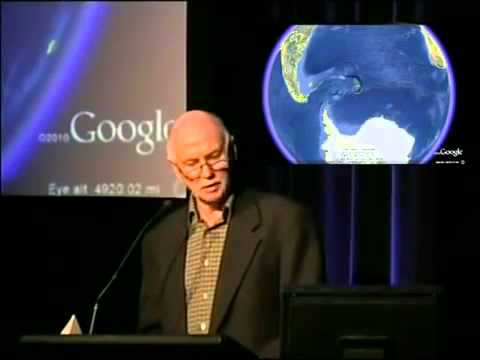 """Alec Newald: """"Extraterrestrials have brought me to their planet. They have"""" advanced """"Organic Technology 43"""