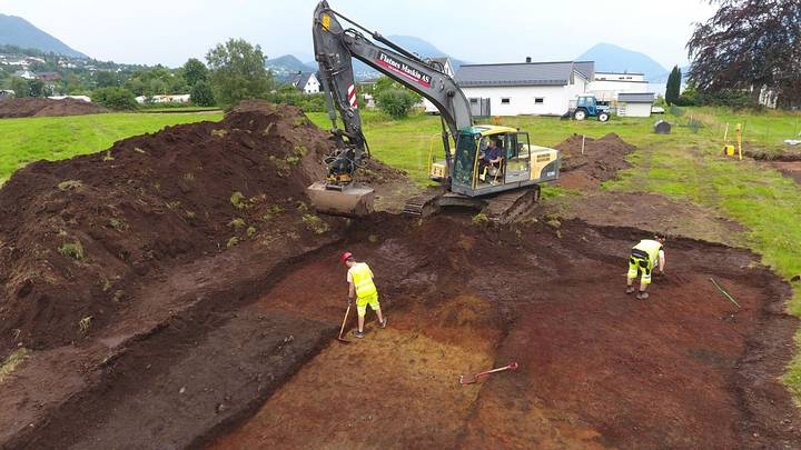 1,200-year-old temple is found consecrated to Thor and Odin 43