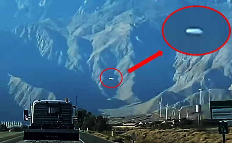 huge UFO is spotted over Mount San Jacinto, California 37
