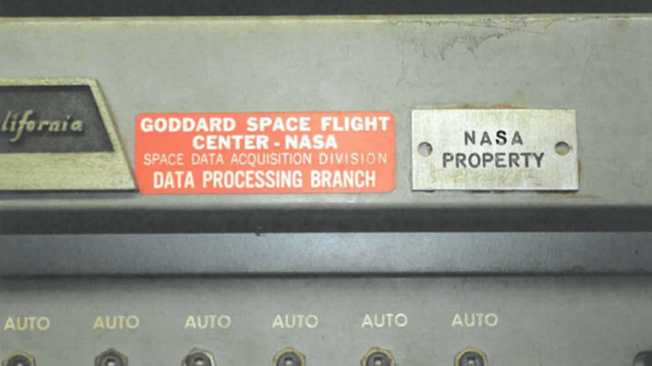 "NASA destroyed Apollo-era tapes because they ""had no historical value"" 9"