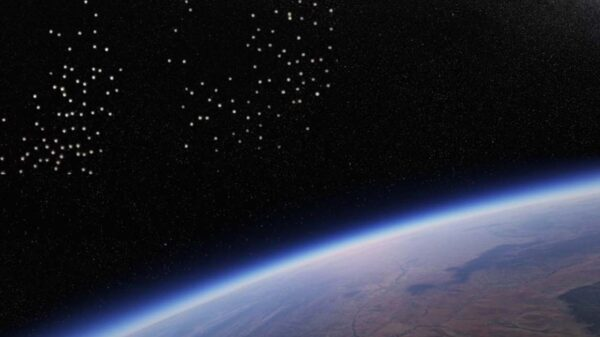 Huge fleet of UFOs flies over the International Space Station 23