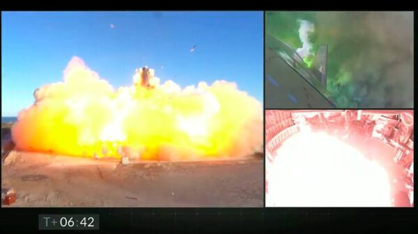 The Starship that will take us to Mars explodes during landing 58