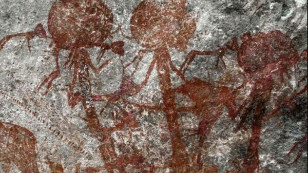 In Tanzania, a cave painting is Found with mysterious anthropomorphic creatures 44