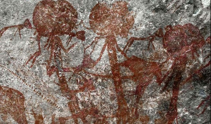In Tanzania, a cave painting is Found with mysterious anthropomorphic creatures 31