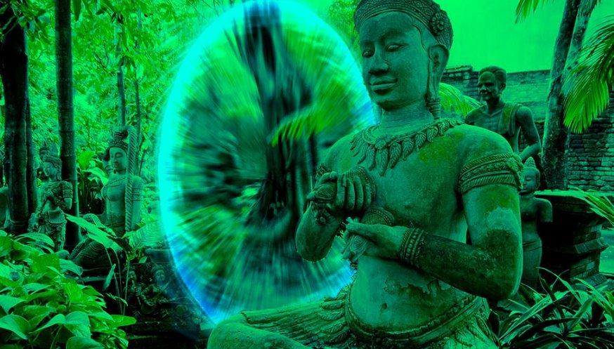 "Thai UFO Seeker group of ""Buddhist aliens"" declare: extraterrestrials are worried about destruction and war "" 43"